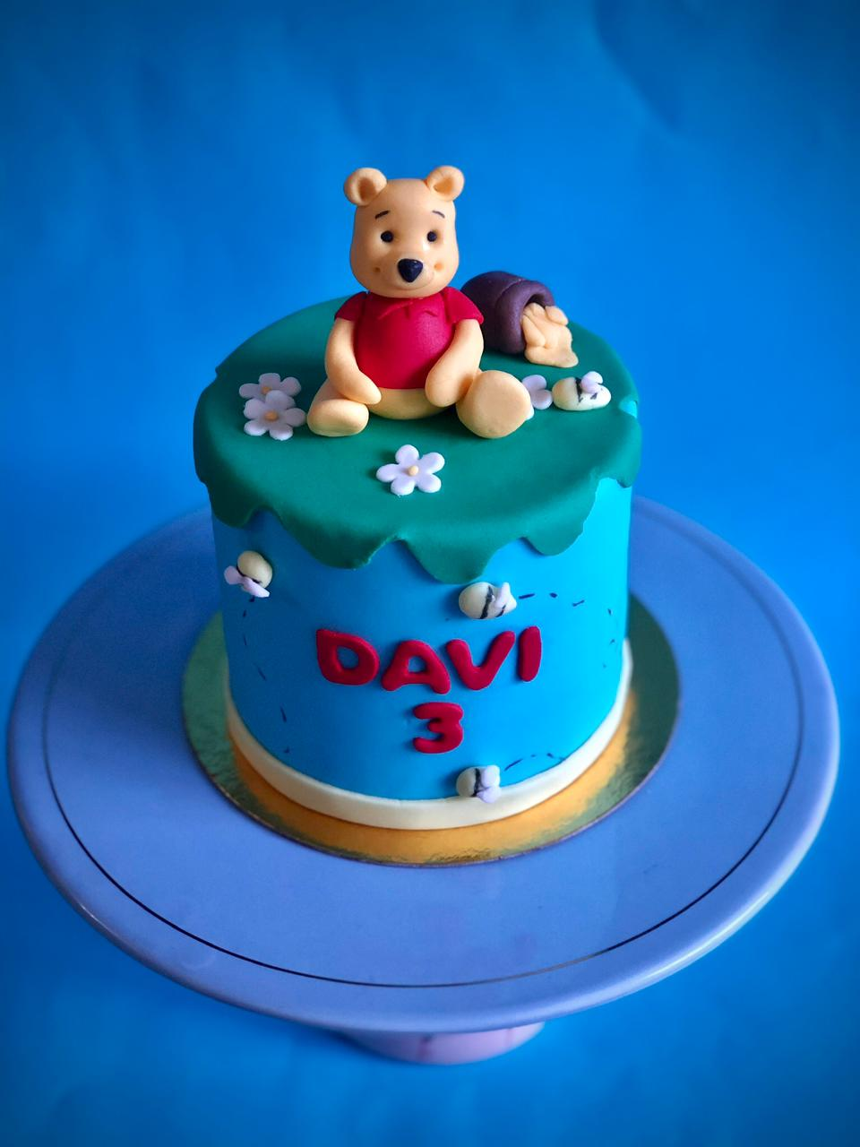Bolo Mesversário Ursinho Pooh